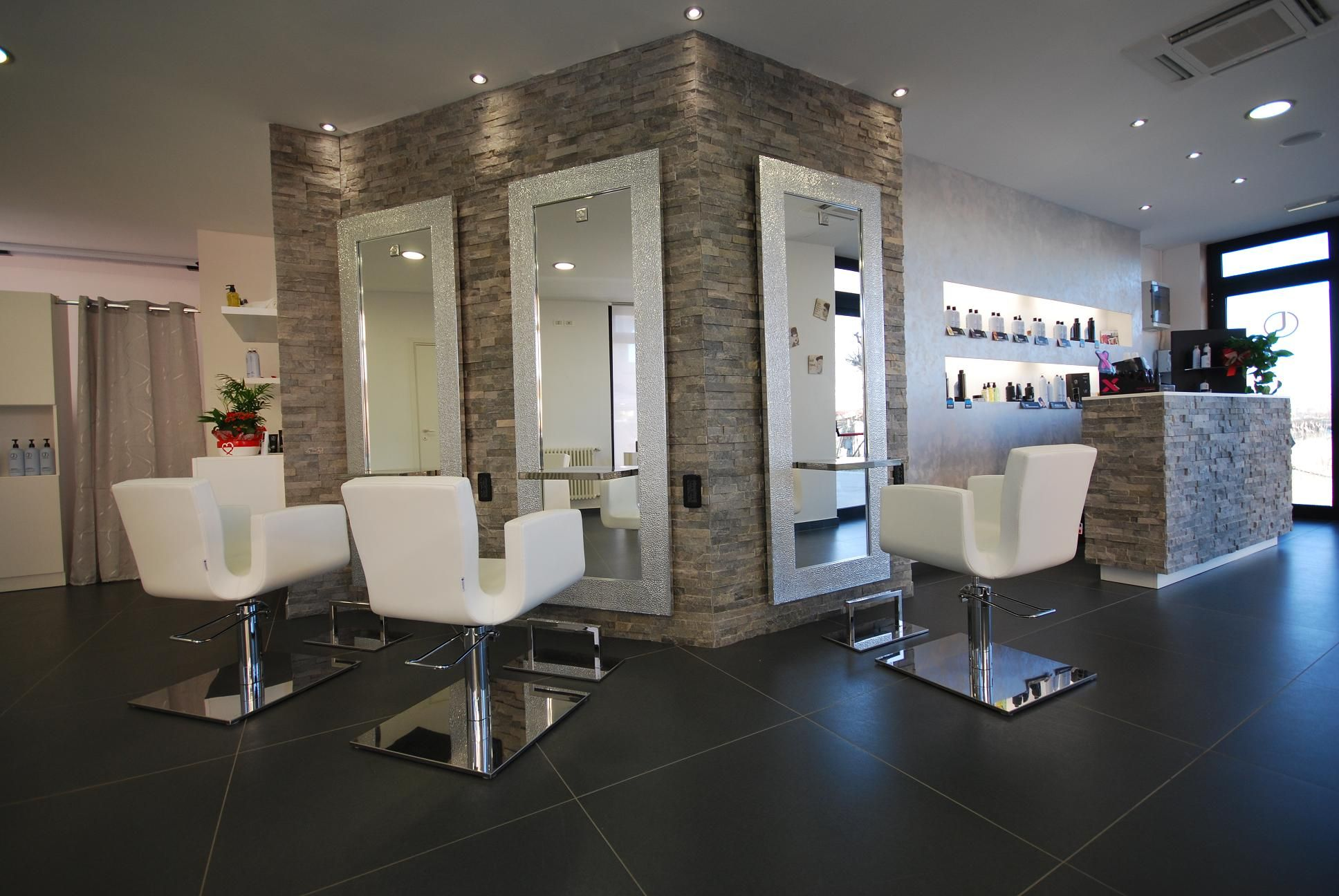 Hair salon design salon furniture made in france for Salon furniture makeup station
