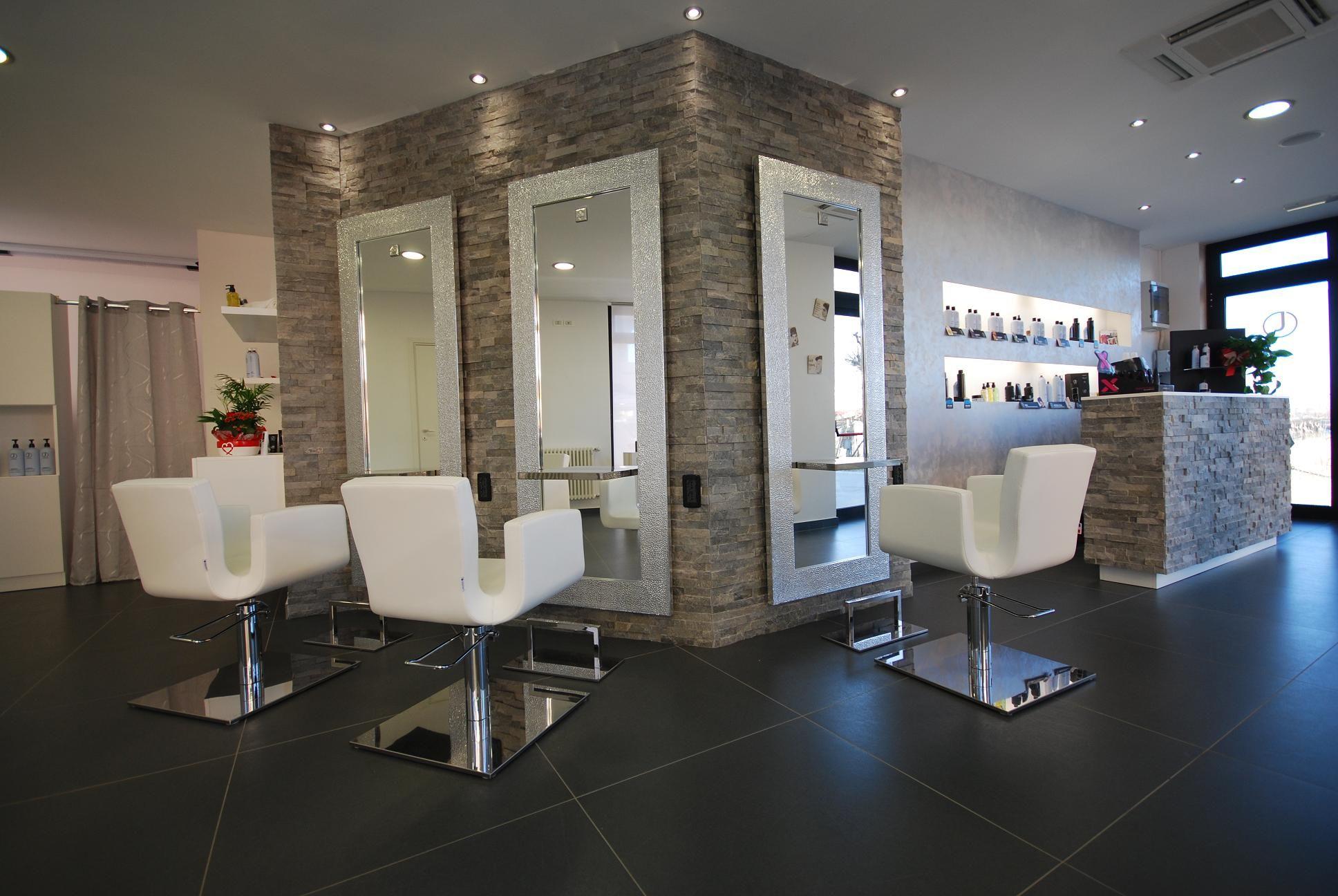 Hair salon design salon furniture made in france for Salon made in france