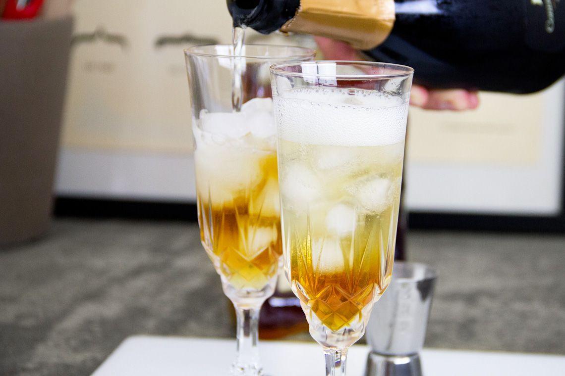Un buon aperitivo passa dal cocktail giusto. Il cocktail Disaronno Sparkling è la risposta giusta.