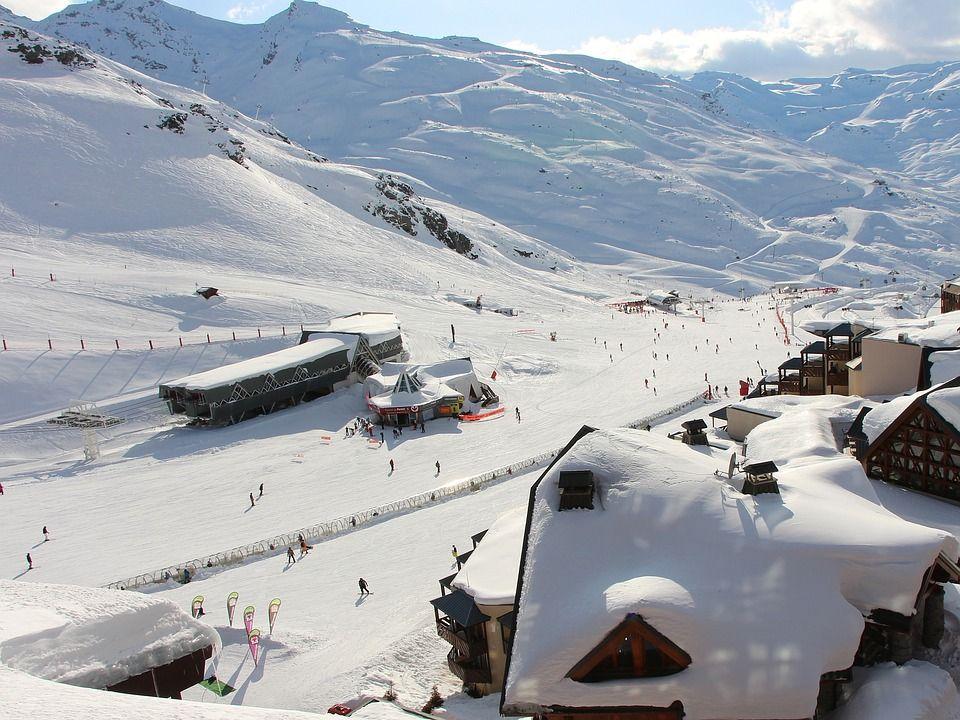 Quelles Sont Les Cinq Meilleures Stations De Ski De Savoie En 2020 Stations De Ski Vacances En Savoie Savoie Tourisme