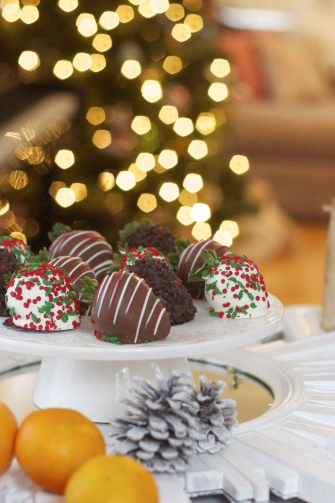 Chocolate-Covered Everythings For Your Holiday Celebrations from @ramshackleglam - Christmas Strawberries