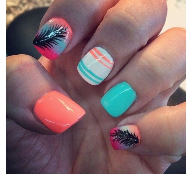 Cute Beach Themed Nails Feather Nails Feather Nail Art Nail Art Designs