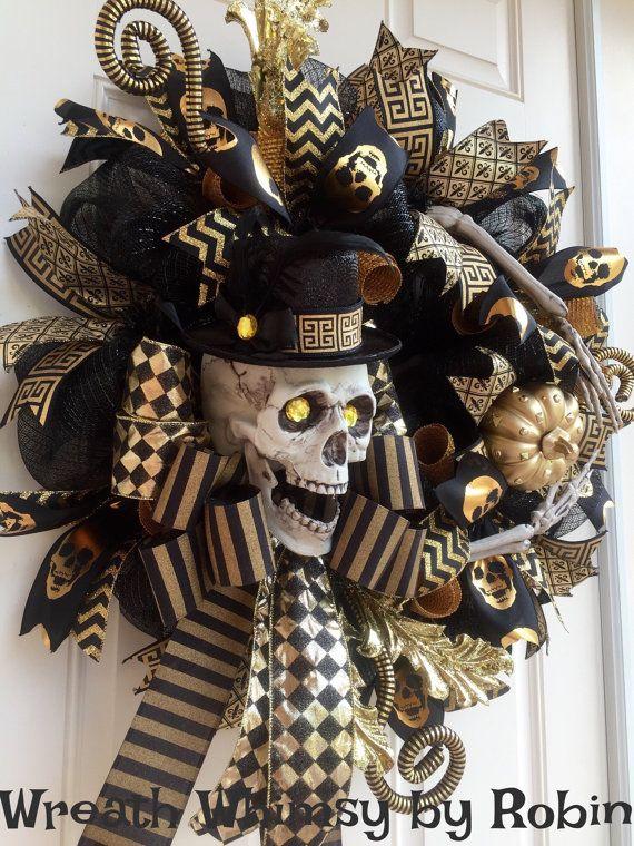 Halloween Skeleton Black & Gold Deco Mesh di WreathWhimsybyRobin
