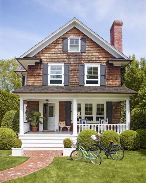 Covered Walkway Designs For Homes: Quaint Shingled Cottage With Covered Porch And Brick