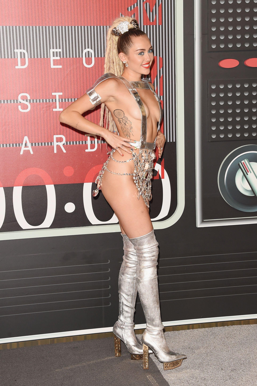 Shania twain penthouse nude