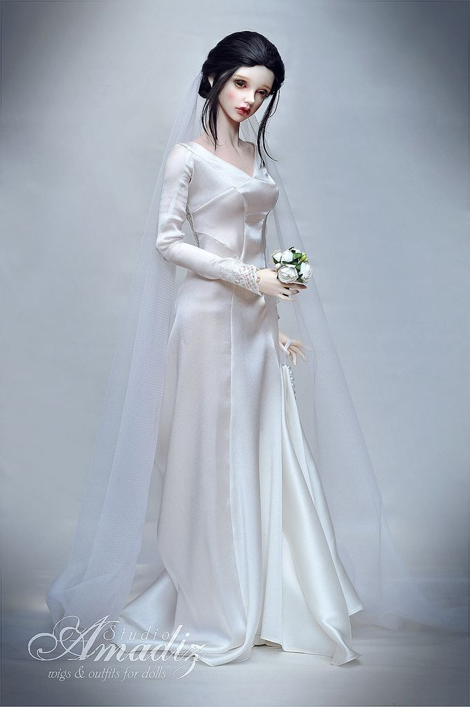Bella Swan wedding dress | Pinterest | Twilight wedding dresses, Bjd ...