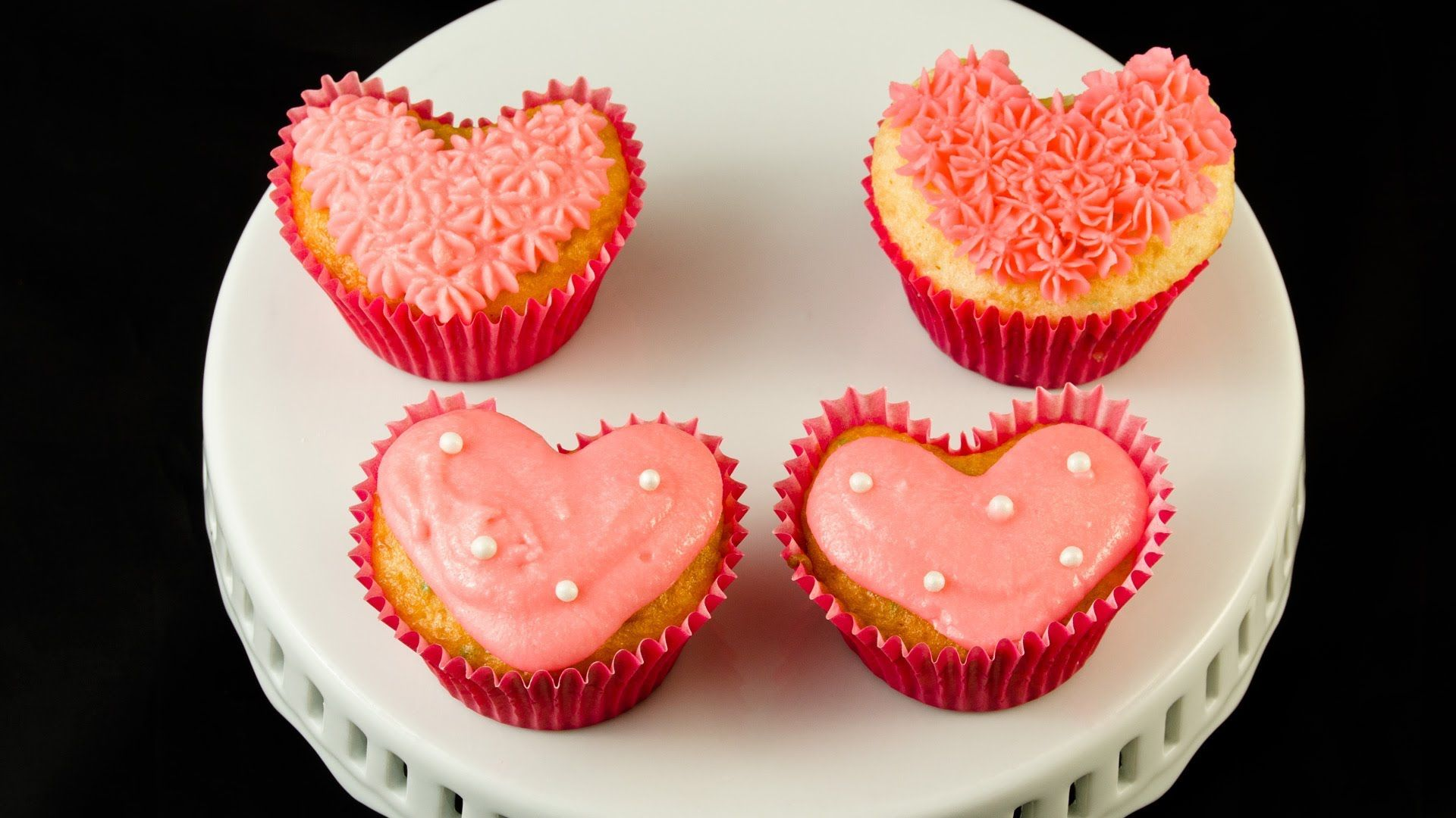 cupcakes en forma de corazon ...loved