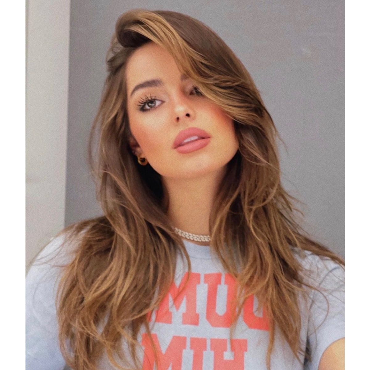 The Prettiest Highlight Trend For Your Hair Color In 2021 Addison Rae Hair Hair Color Hair Styles