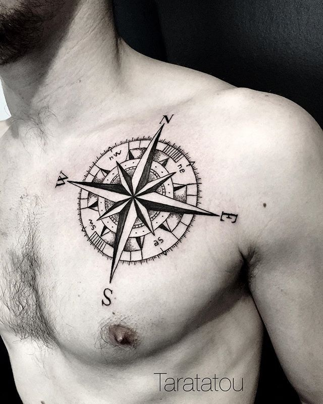 tattoo #tatouage #rosedesvents #boussole #compass #torse #homme