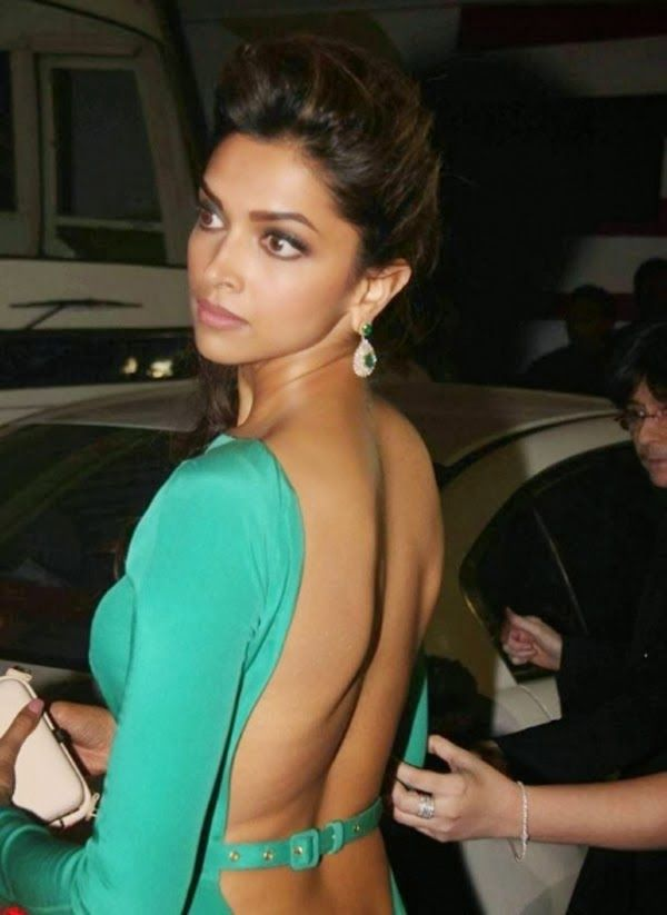 Deepika Padukone Backless Vp 2 Deepika Padukone Hot Back Photos