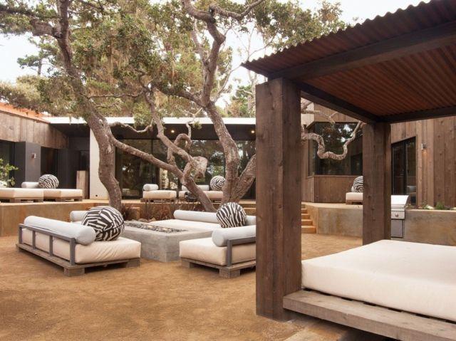 aménagement-coin-salon-jardin-confortable-idées-canapées-feu coin ...