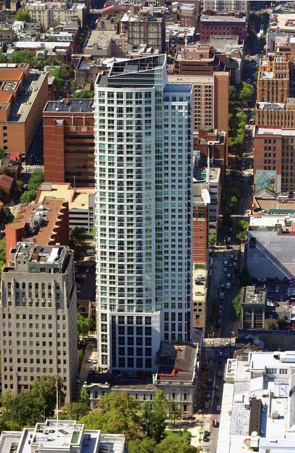 The St James Building 304 Rental Apartment Units On 8th Walnut