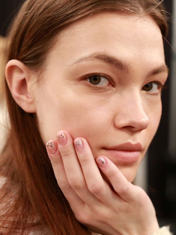 How to recreate the twinkling fingertips from Jenny Packham F/W '13: http://beautyeditor.ca/2013/10/28/jenny-packham-nails/