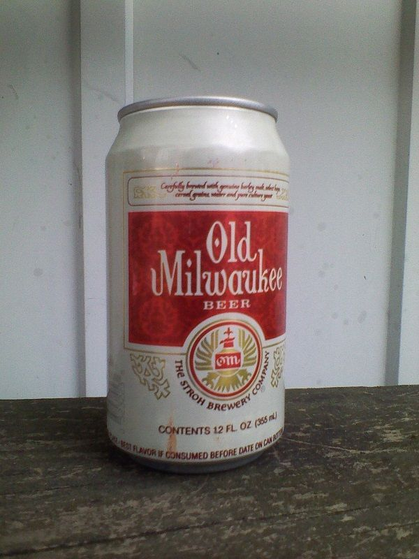 Vtg 1990 Stroh Brewery Co Old Milwaukee Beer Can 12oz | EBAY
