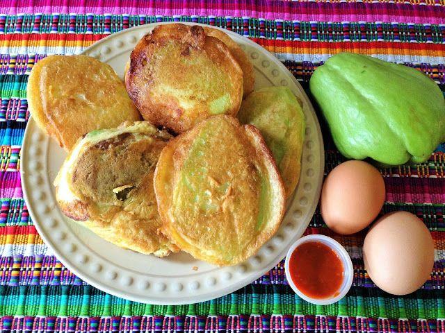 Chilaquilas De Guatemala Chilaquiles De G 252 Isquil In 2019 Guatemalan Recipes Chilaquiles
