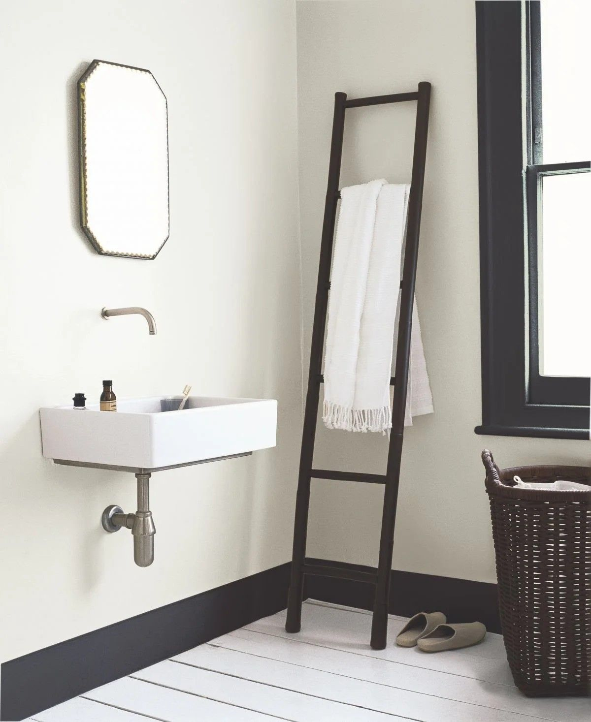 Pin By Sister Annette On Powder Room Latrine Washroom Bathrooms Privy Bathroom Paint Colors Painting Bathroom Dulux Soft Stone