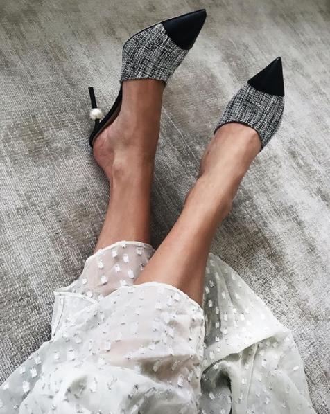 82451b280de ᴾ ᴬ ᴿ ᴵ Ꮥ ᴵ ᴬ ᴺ style ...Chanel heels