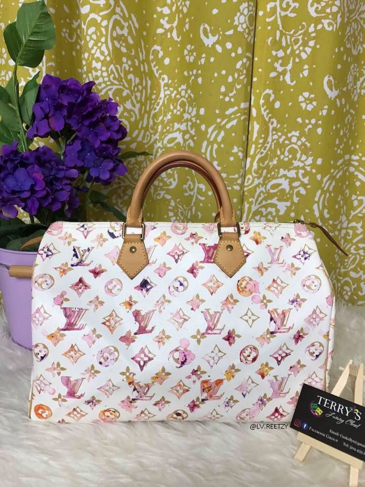 Louis Vuitton Speedy in Watercolor is such an eye-candy!  9c767a93f0b06