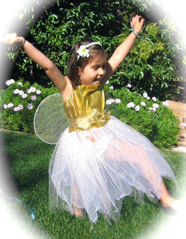"Oh the joy! Sydney dances to the song, ""Rainbow Bubble"
