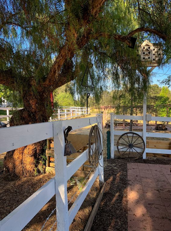Wine Country FarmhouseRetreat (STAY PLAY... HomeAway