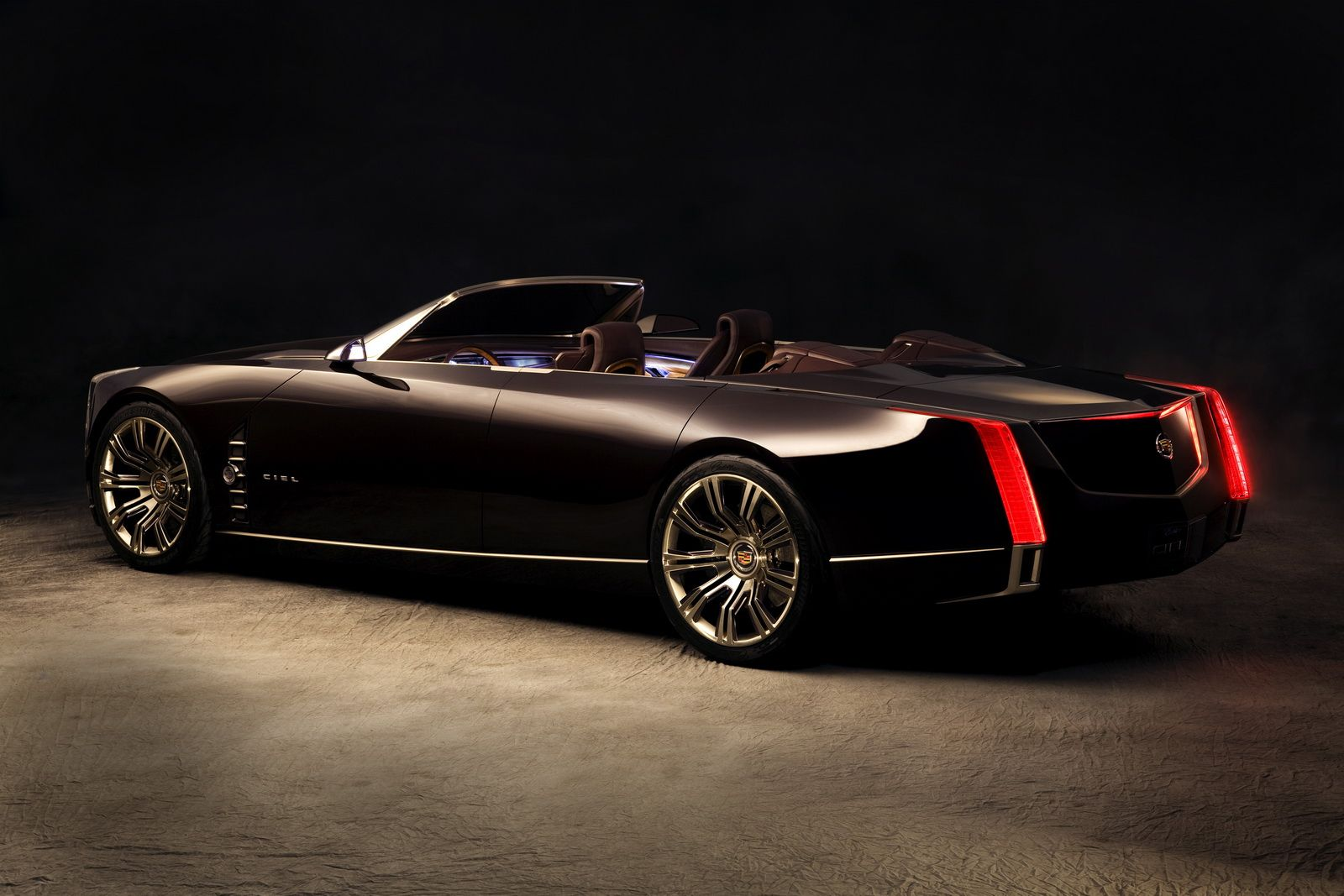 New Cadillac Ciel 4 Door Convertible Concept Wows Pebble Beach Crowd