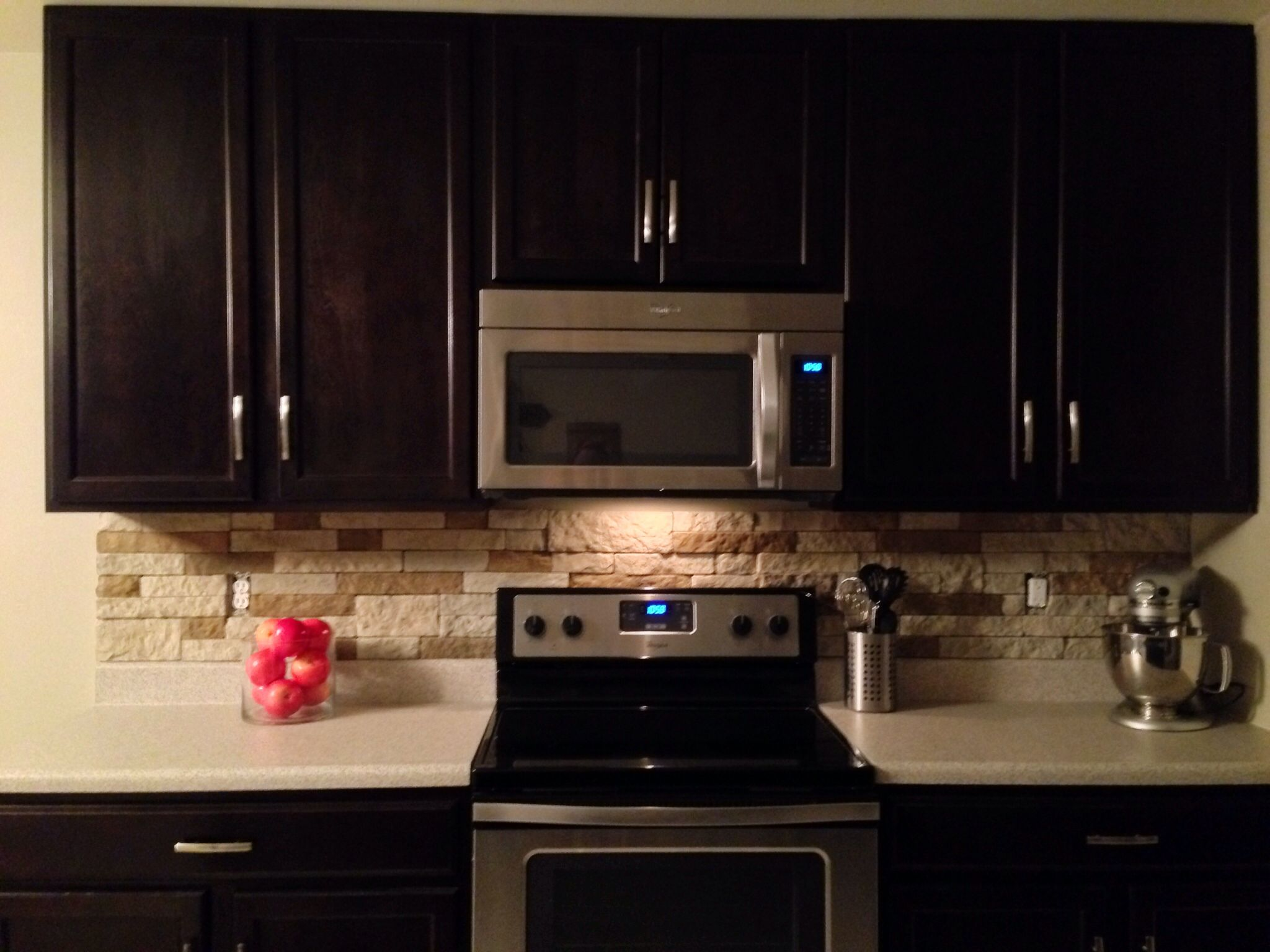 Airstone backsplash lowes