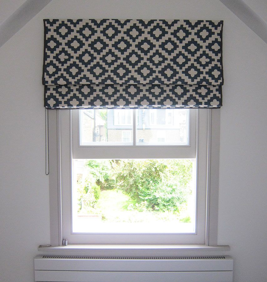 Striking Geometric Print Roman Blind In Peter Dunham Peterazzi Indigo Fabric With A Narrow Grey Border Blinds Design Fabric Blinds Diy Blinds