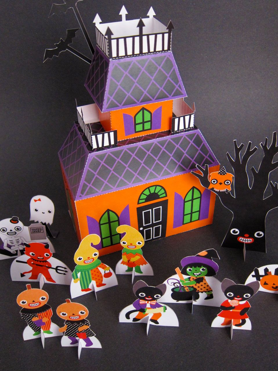 A Jolly Good Halloween Play Set