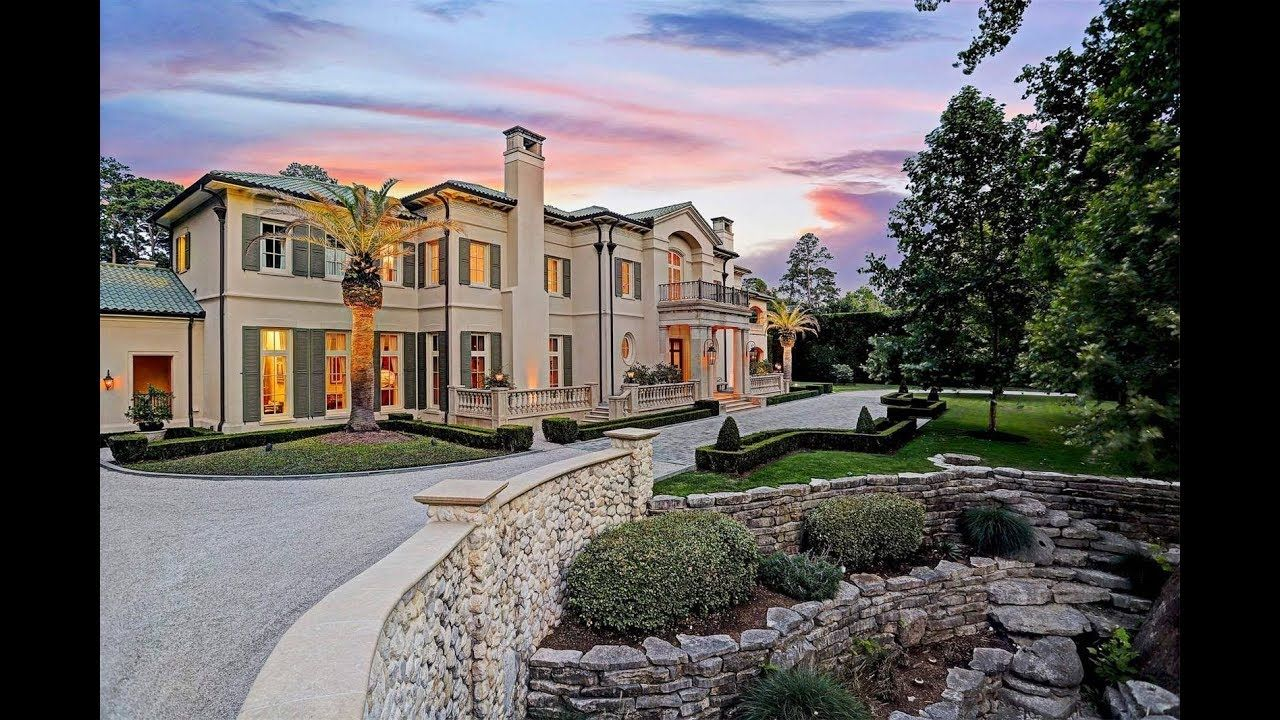 Grand Sprawling Mansion In Houston Texas Sotheby S International Realty Mansions Luxury Real Estate Sothebys International Realty