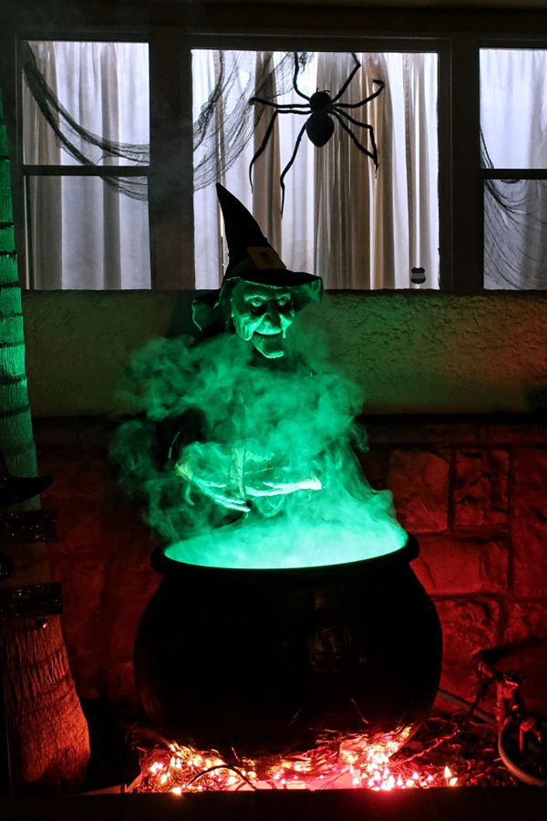 How To Make A Witch Cauldron Prop For Halloween Halloween Witch Decorations Halloween Outdoor Decorations Halloween Props Diy