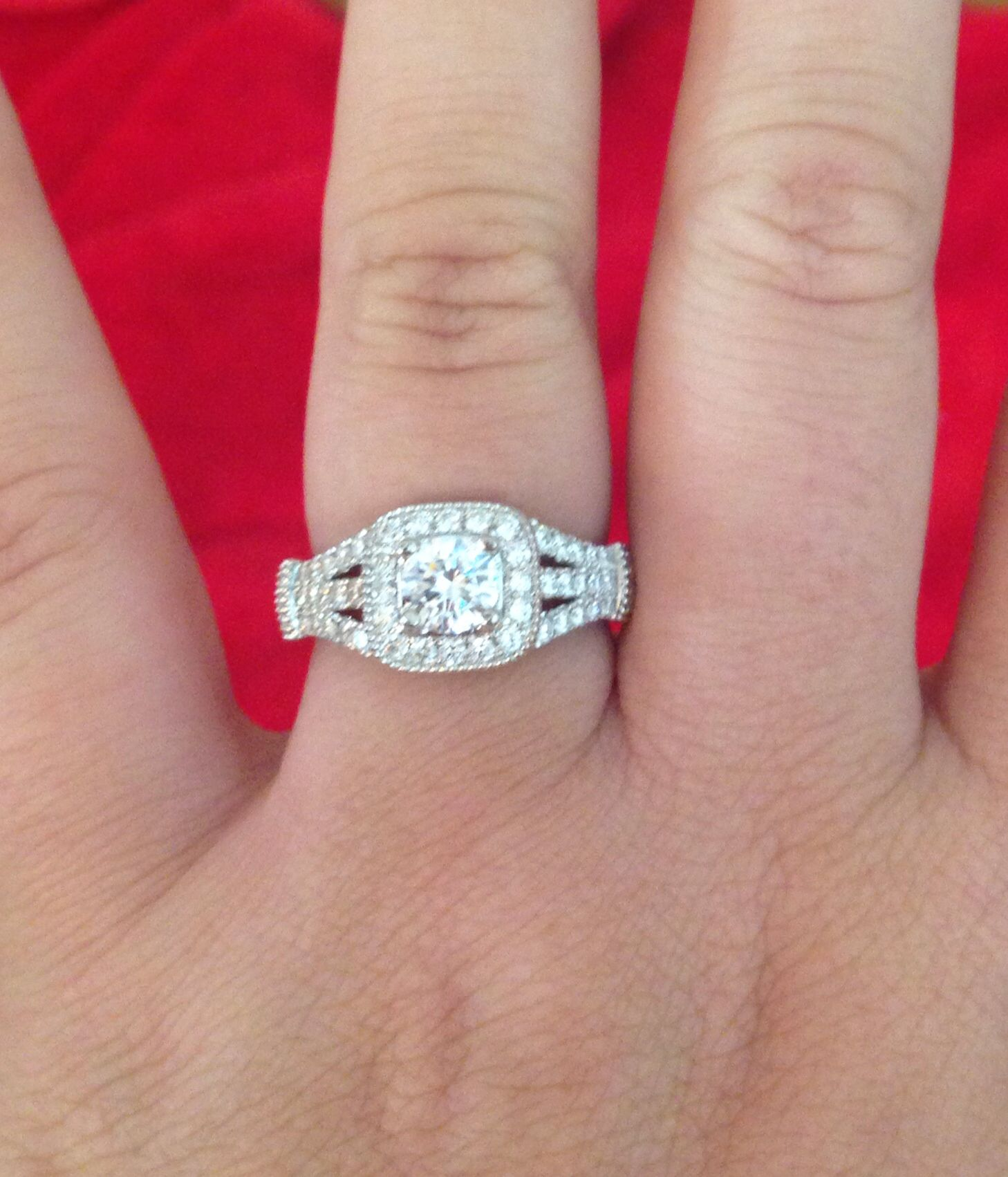 My engagement ring! | Wedding | Pinterest