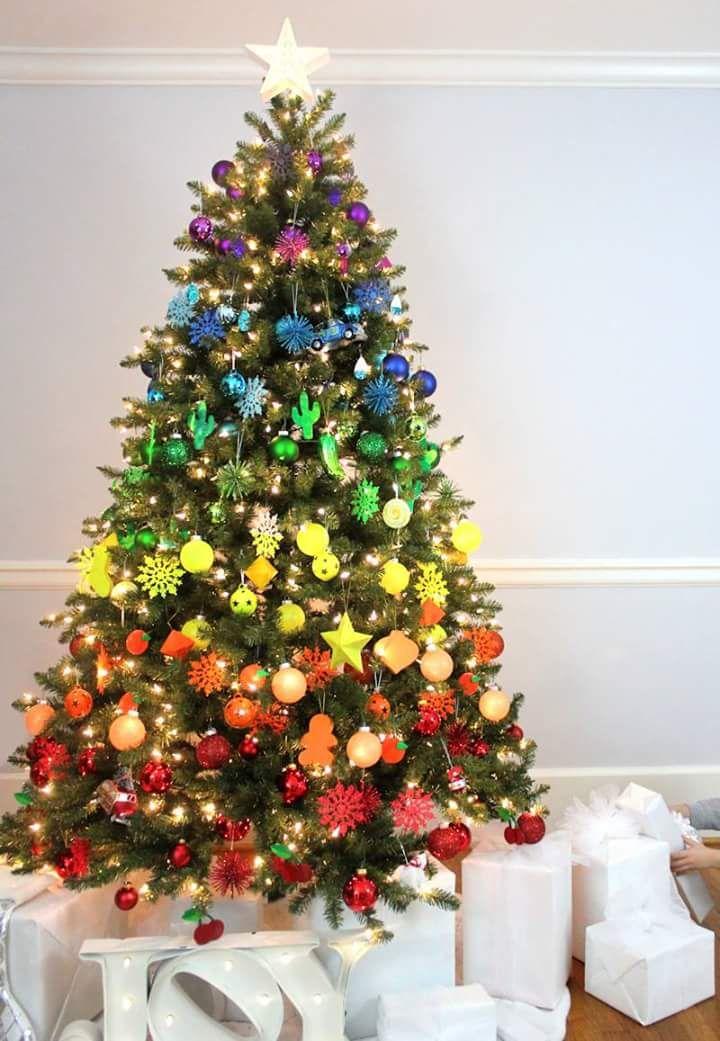 42 Cool And Unusual Christmas Tree Decoration Ideas Unusual