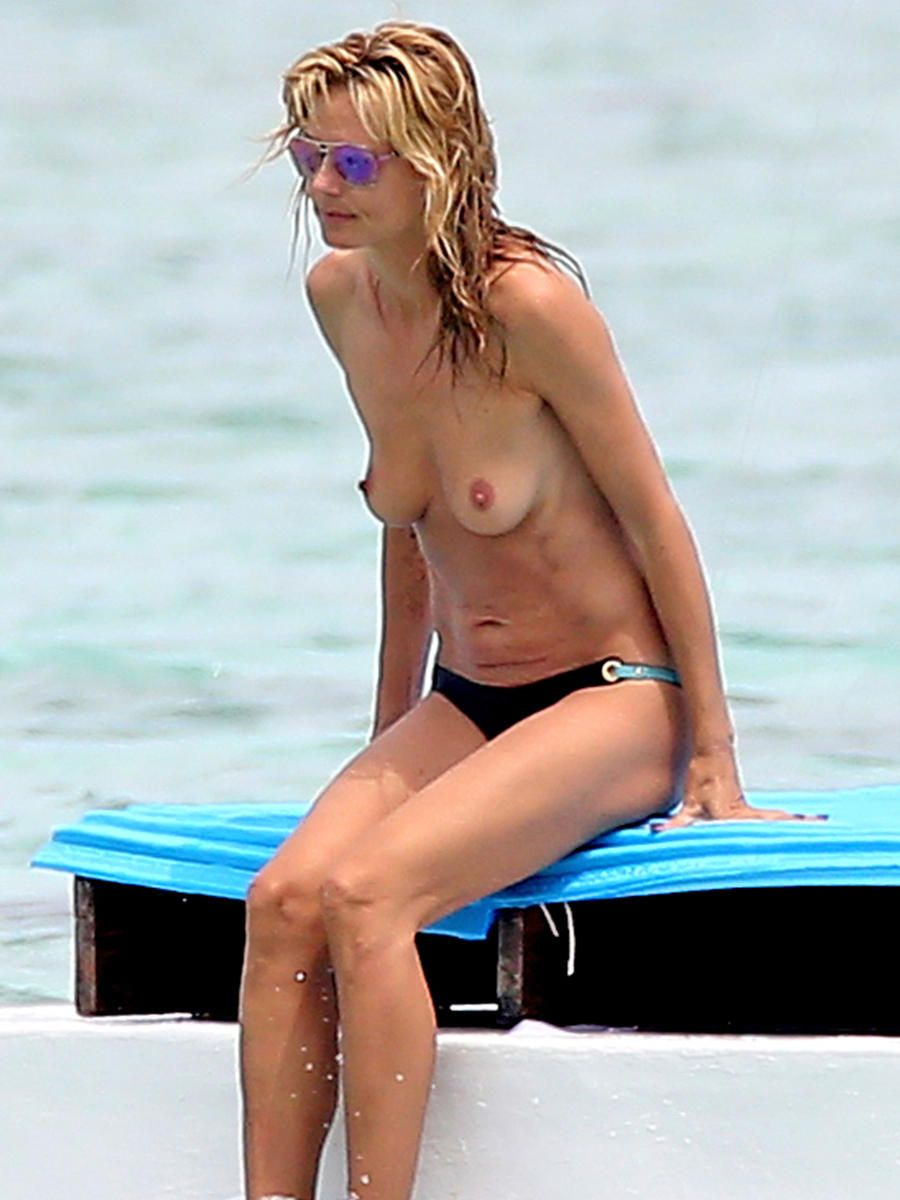Heidi Klum Goes Topless Again In Mexico  Heidi -7643