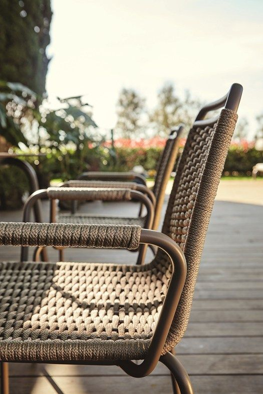 Woven Rope And Natural Shades To Furnish Outdoor Areas Roberti