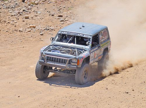 Moses Ludel S 4wd Mechanix Magazine Desert Off Road Racing Rock Crawling Events Racing Jeep Xj Jeep Xj Mods