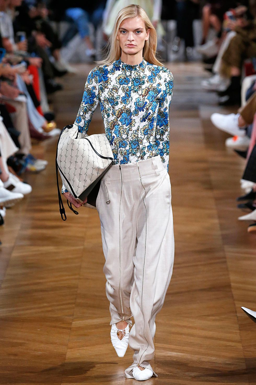 10 spring summer 2019 fashion trends to start wearing now  58b22352b