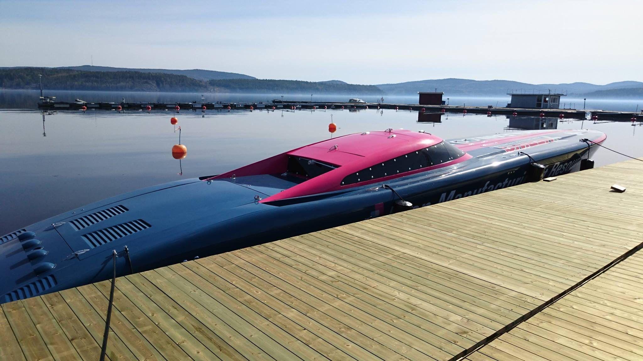 Impressive powerboat