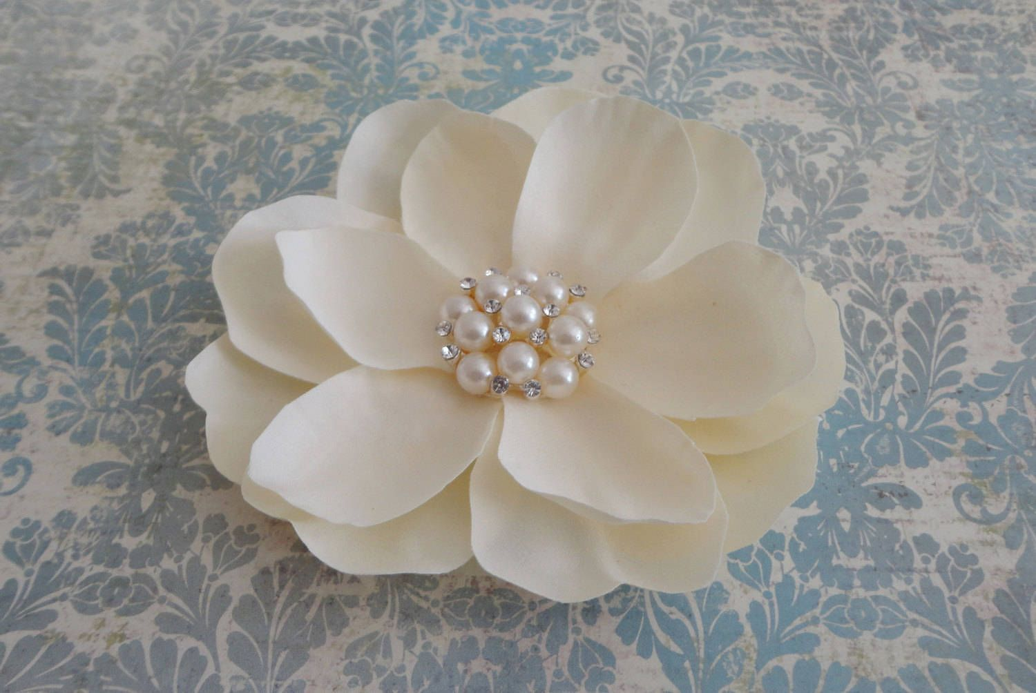 Bridal ivory magnolia flower clip with a beautiful pearl