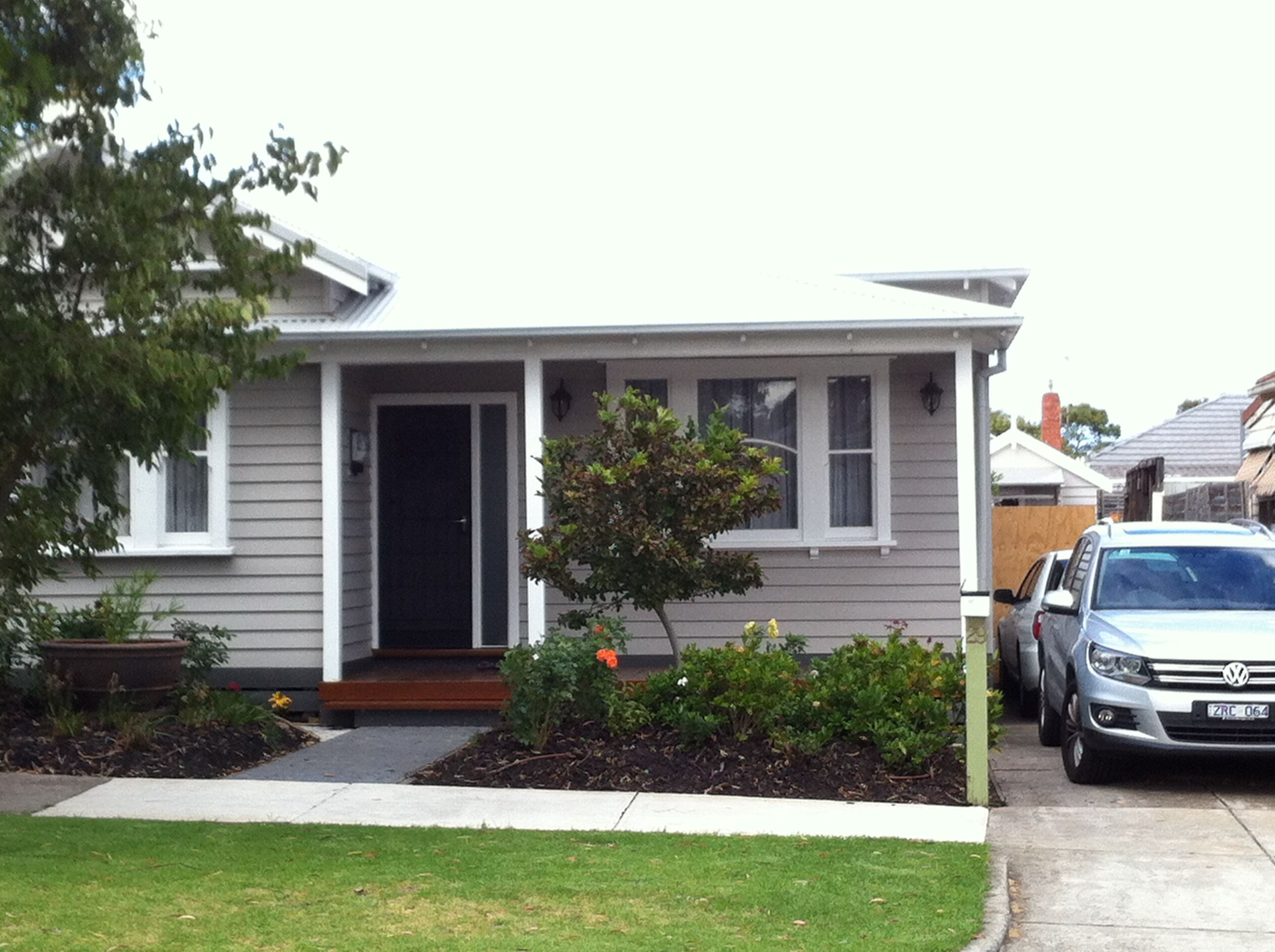 Taupey Green weatherboard white trim & bluestone grey 3012