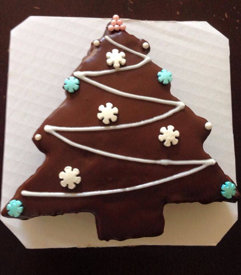 Chocolate ganache Christmas tree cake