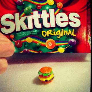 :D Cheeseburger out of Skittles!