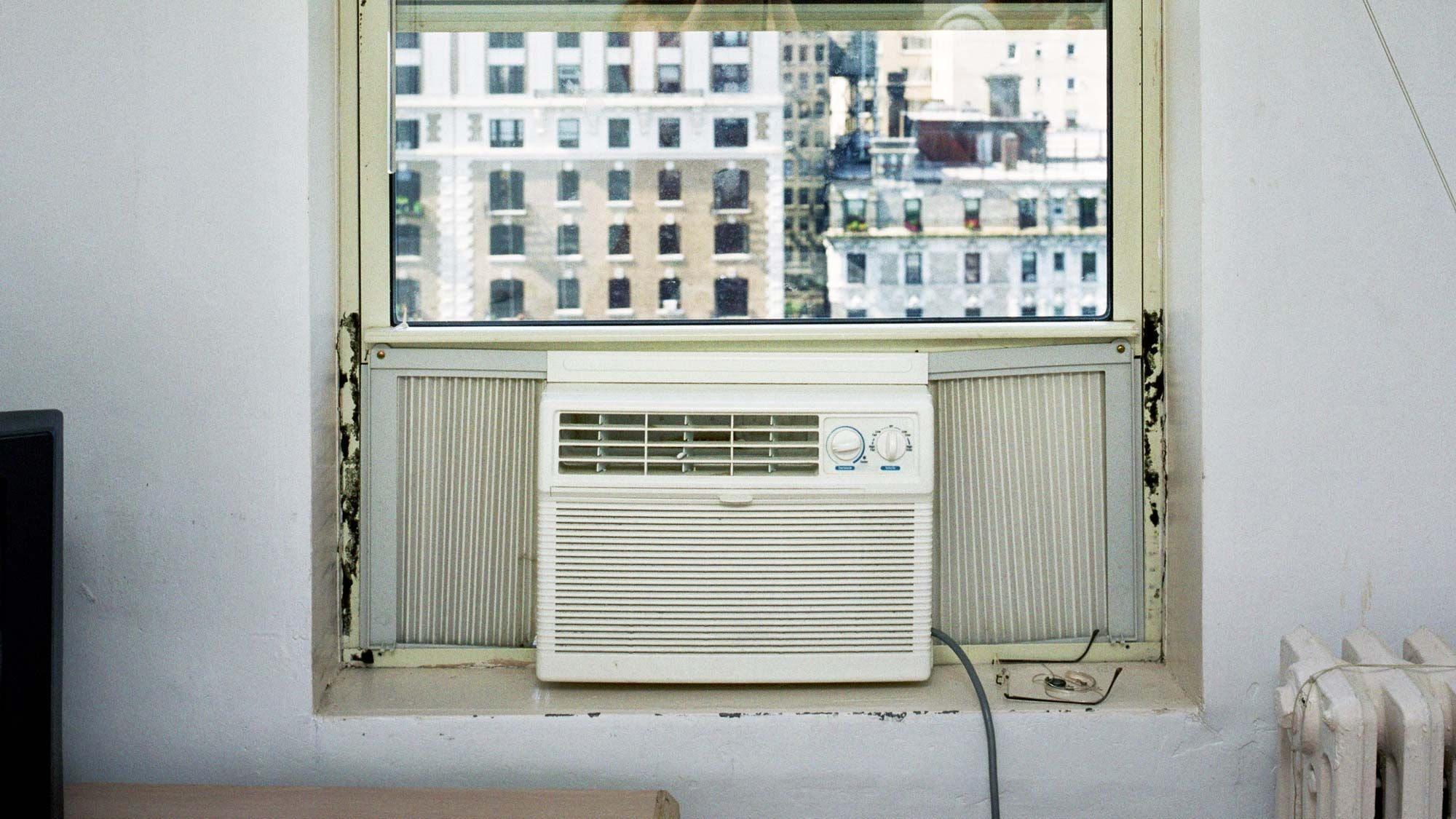 Dealing With Window AC Units The Struggle Is Real