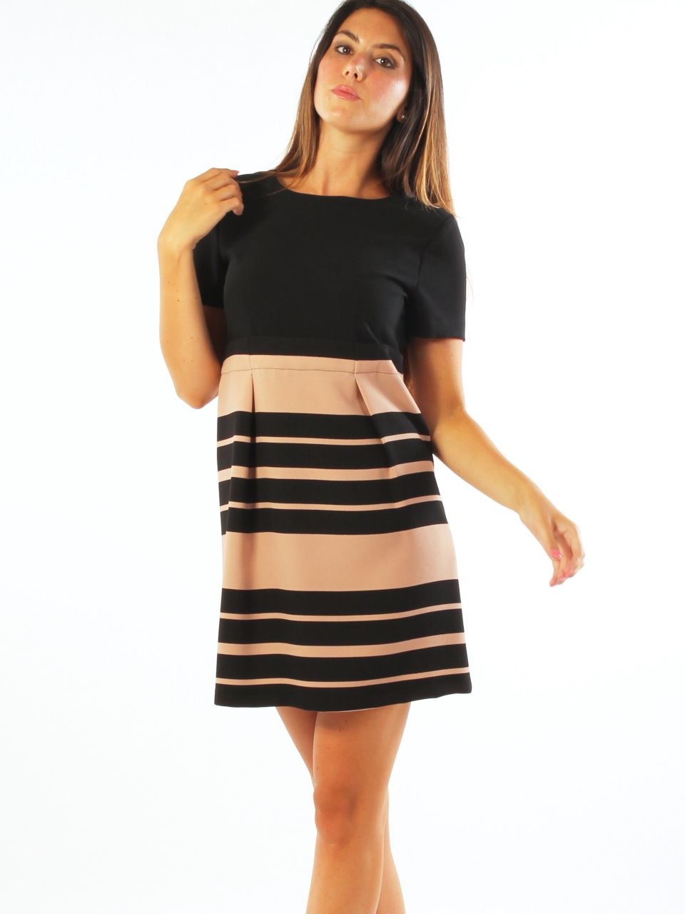 Short comfort crêpe casual dress. Key-di http://www.luanaromizi.com/en/dresses-woman/short-comfort-crepe-casual-dress.html #Short #comfort #crêpe #casual #dress #keydi #madeinitaly #luanaromizi