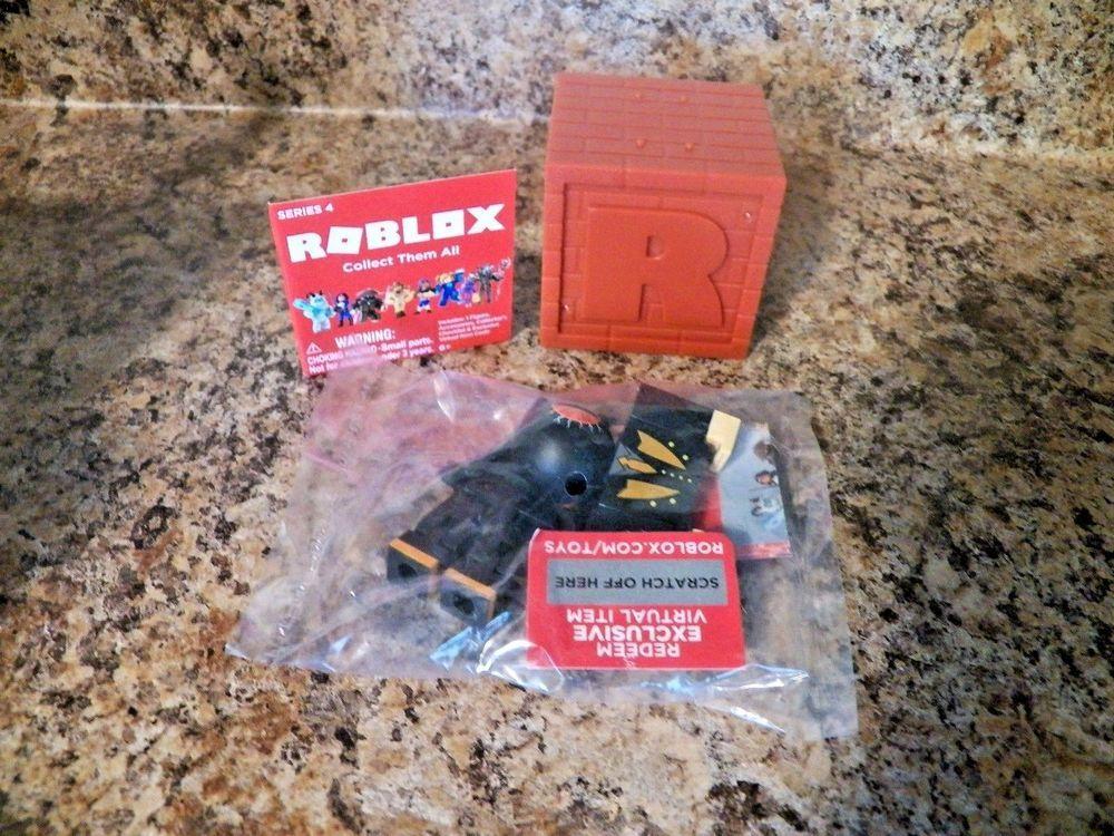 Roblox Series 4 - Roblox Series 4 Crimson Catseye Sealed Bag Unused Code New