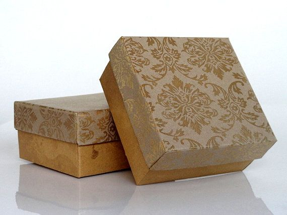 Wedding Favor Box Packaging Box Chocolate Box 10 Gold Damask Print On Kraft Paper 3 X 3 X1 5 I Bridesmaid Gift Boxes Wedding Favor Boxes Jewelry Packaging Box