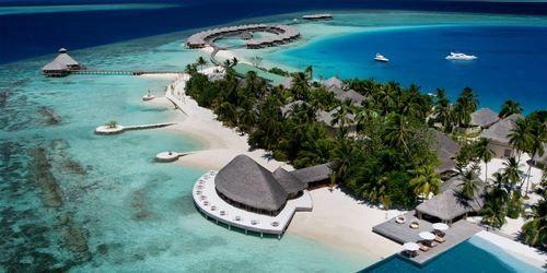 HUVAFEN FUSHI MALDIVES / much