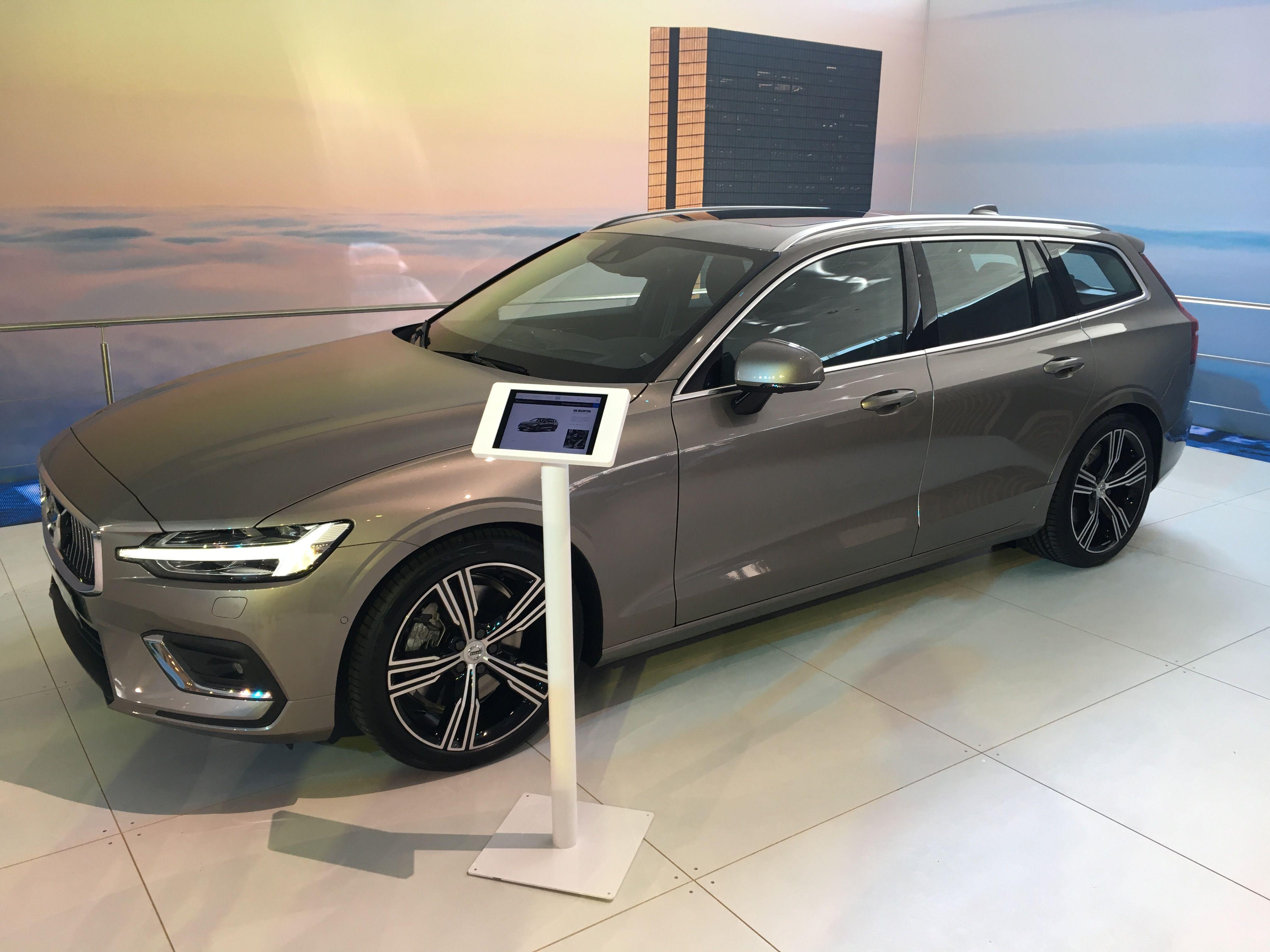New Volvo V60 In Pebble Grey