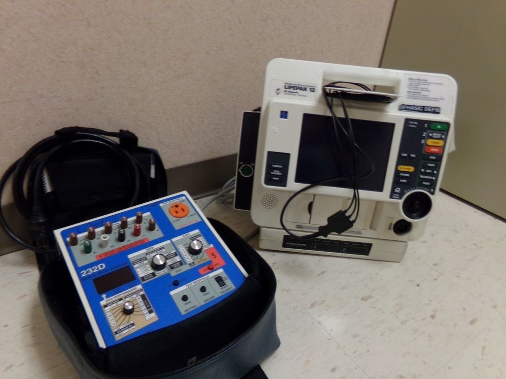 Lifepak 12 Defibrillator Fluke 232d Analyzer Superior Auction