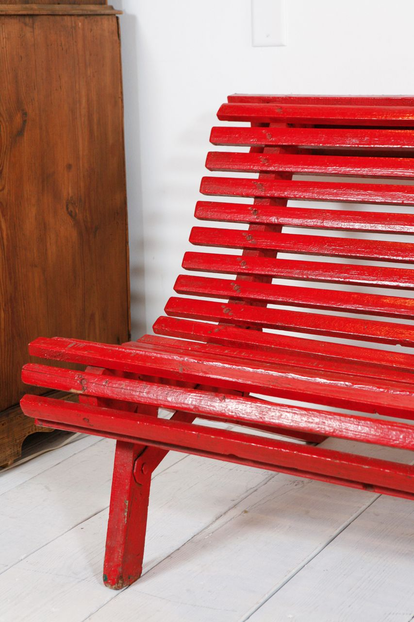 Curved Red Italian Outdoor Slatted Garden Bench