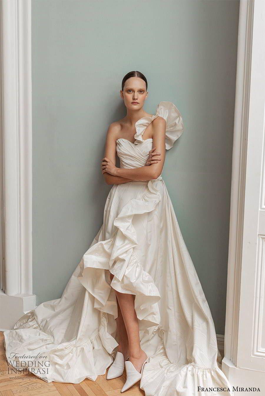 Francesca Miranda Spring 2020 Wedding Dresses Minimal